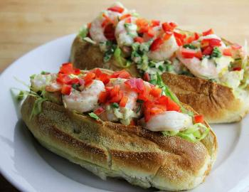 Shrimp roll sandwich
