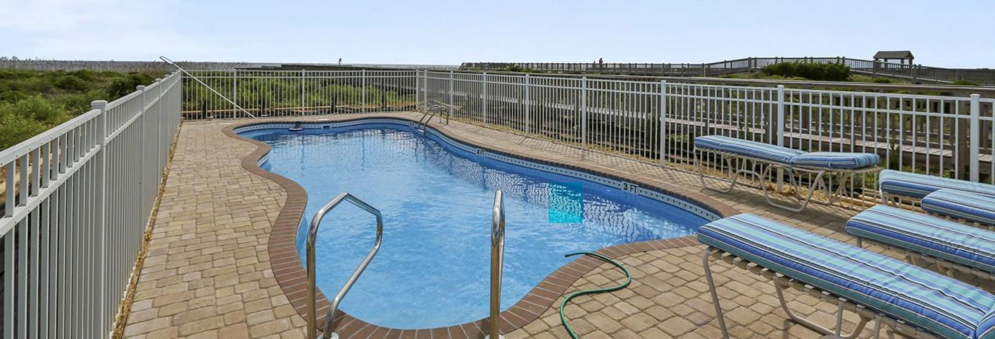 oak island vacation rentals with pool