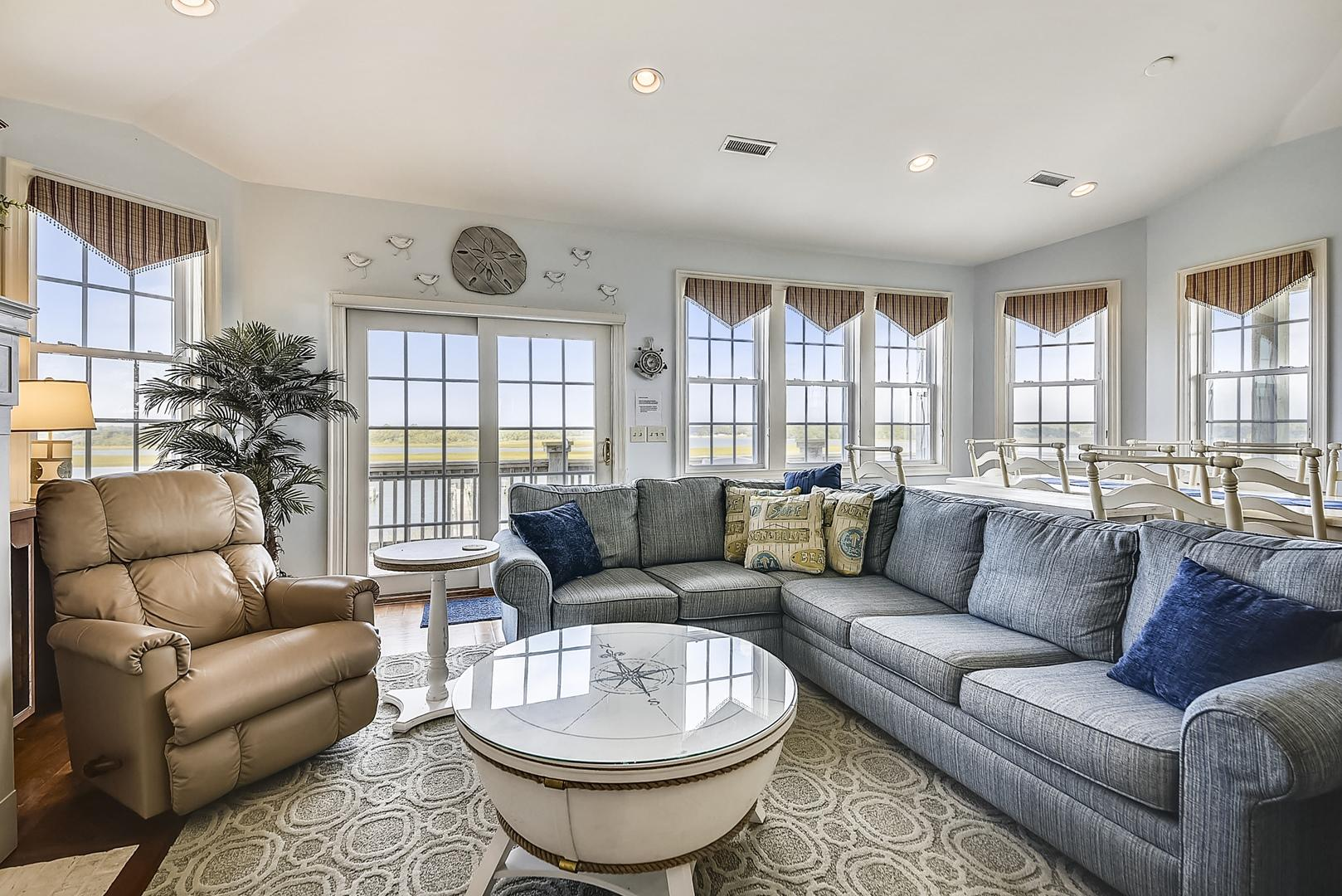 Crows Nest Upper Level Living Area with Waterway Views