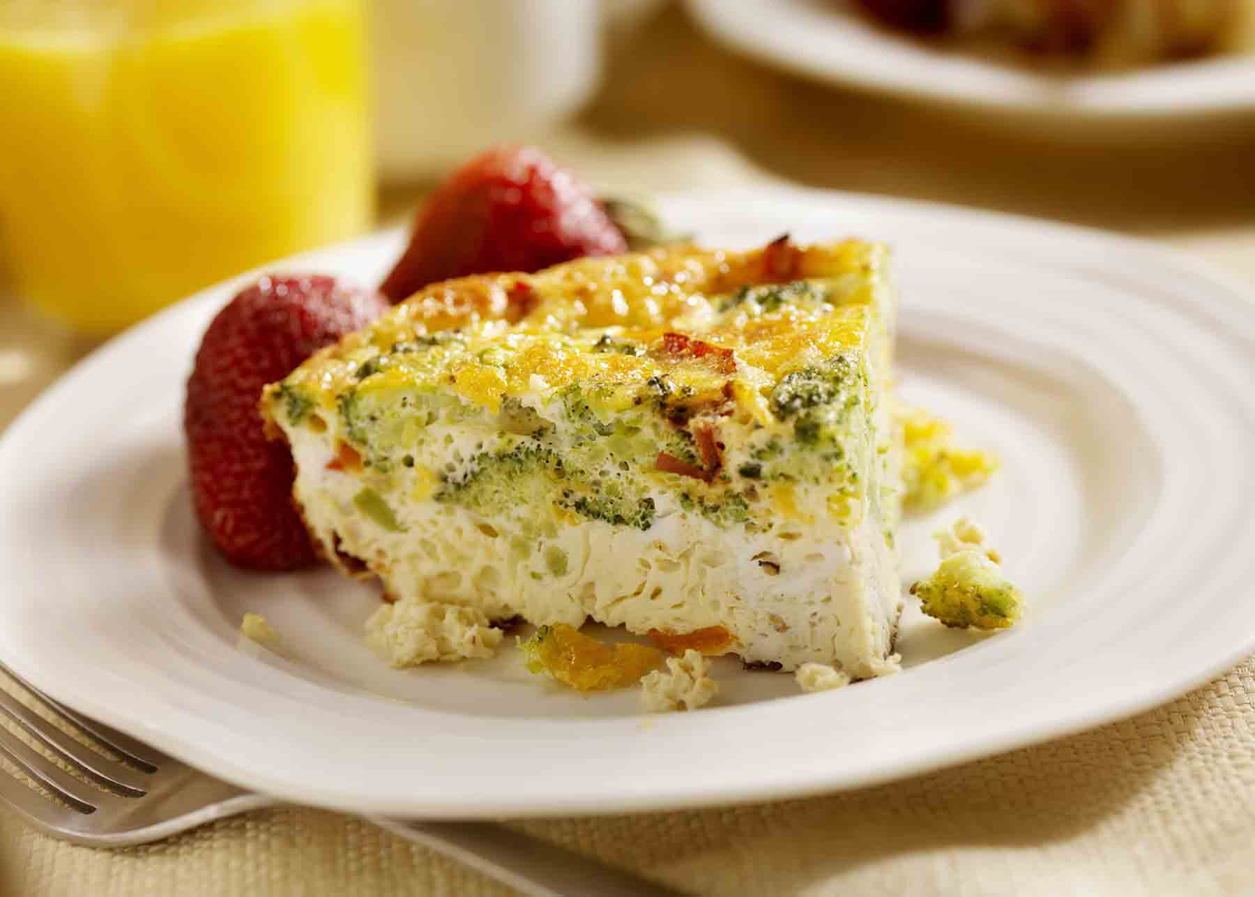Quiche with fresh fruit