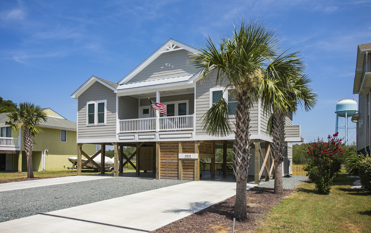Ski Breeze Canal front Oak Island Vacation Rental