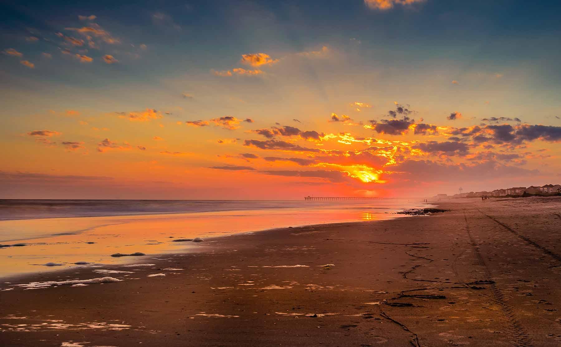 A sunset on Oak Island beach